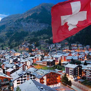 スイスの全寮制学校でAP資格取得、フランス語のスキルアップのためのサマーキャンプにも